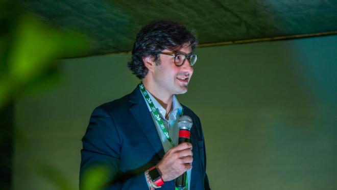 """André Vieira é gerente de comunicação do HAC e falou ao PARANÁ S/A sobre as transformações e a """"profissionalização das doações"""" na instituição."""