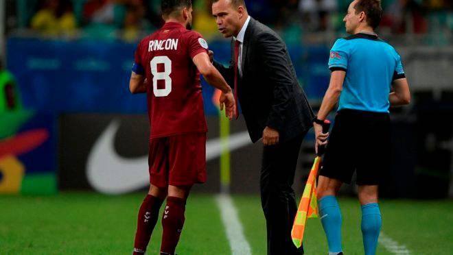 VAR amigo! Venezuela sofre quatro gols na Copa América e todos são anulados pelo vídeo