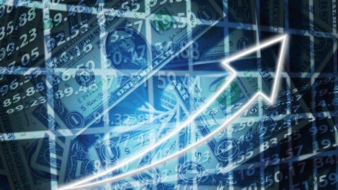 Quem investe na bolsa está incentivando a atividade econômica das empresas