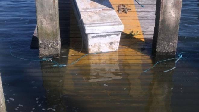 Trapiche da praia de Brasília ficou de novo embaixo d'água