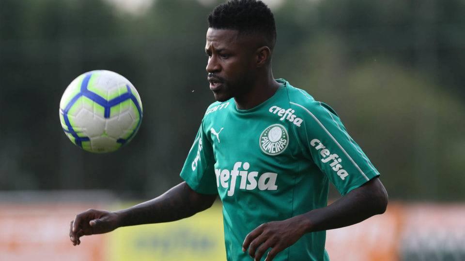 Com retorno de Ramires e Rafinha, confira como está o mercado da bola brasileiro