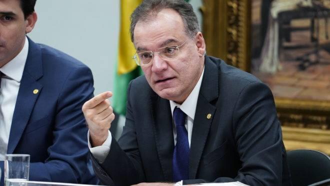 O relator da reforma da Previdência na comissão especial da Câmara, Samuel Moreira (PSDB-SP).
