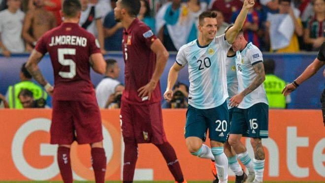 Resultado de imagem para Copa América: Argentina vence Venezuela e enfrenta Brasil na semifinal