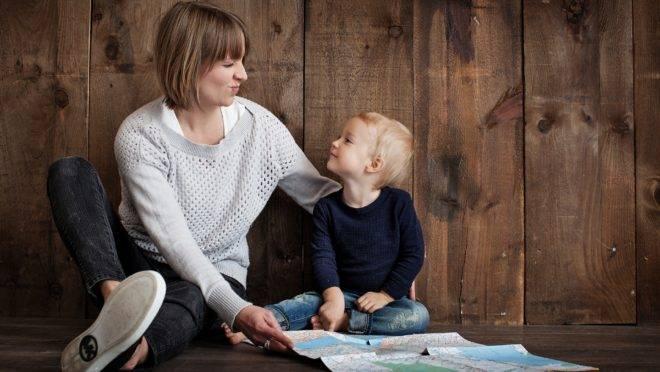 A importância do diálogo na primeira infância dentro e fora de casa