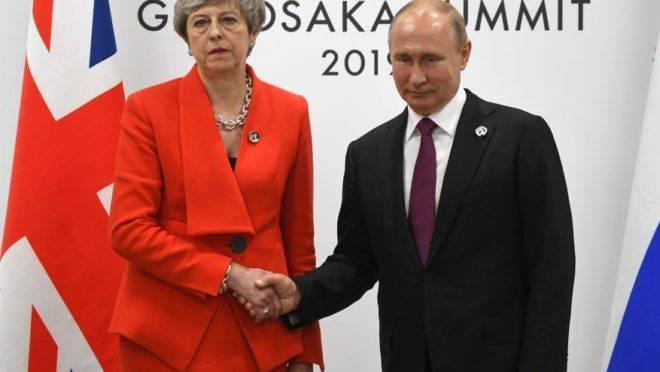 Theresa May e Putin se encontram pela primeira vez após caso de envenenamento