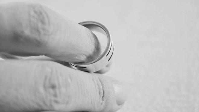 As famílias são a base da civilização e estudos mostram que famílias sólidas, com pais casados, são melhores em todos os indicadores.