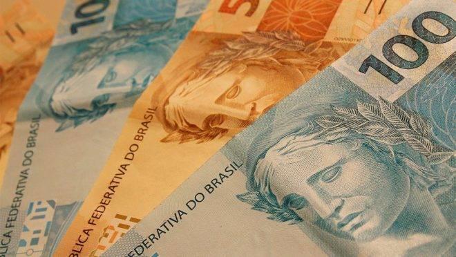 Fracassos e hiperinflação moldaram a criação do Plano Real; relembre