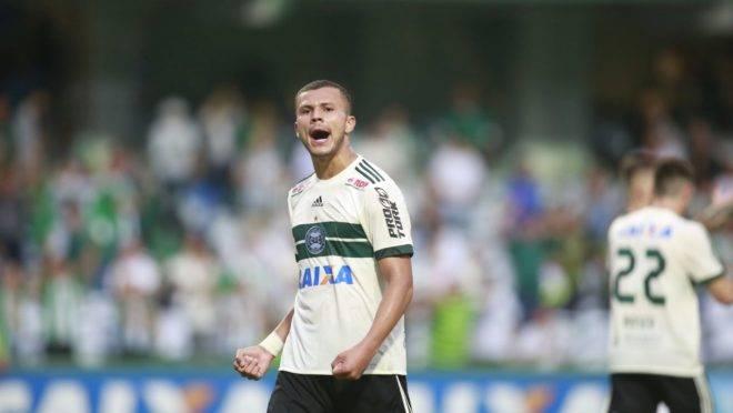 Thalisson Kelven está de volta ao Coritiba.