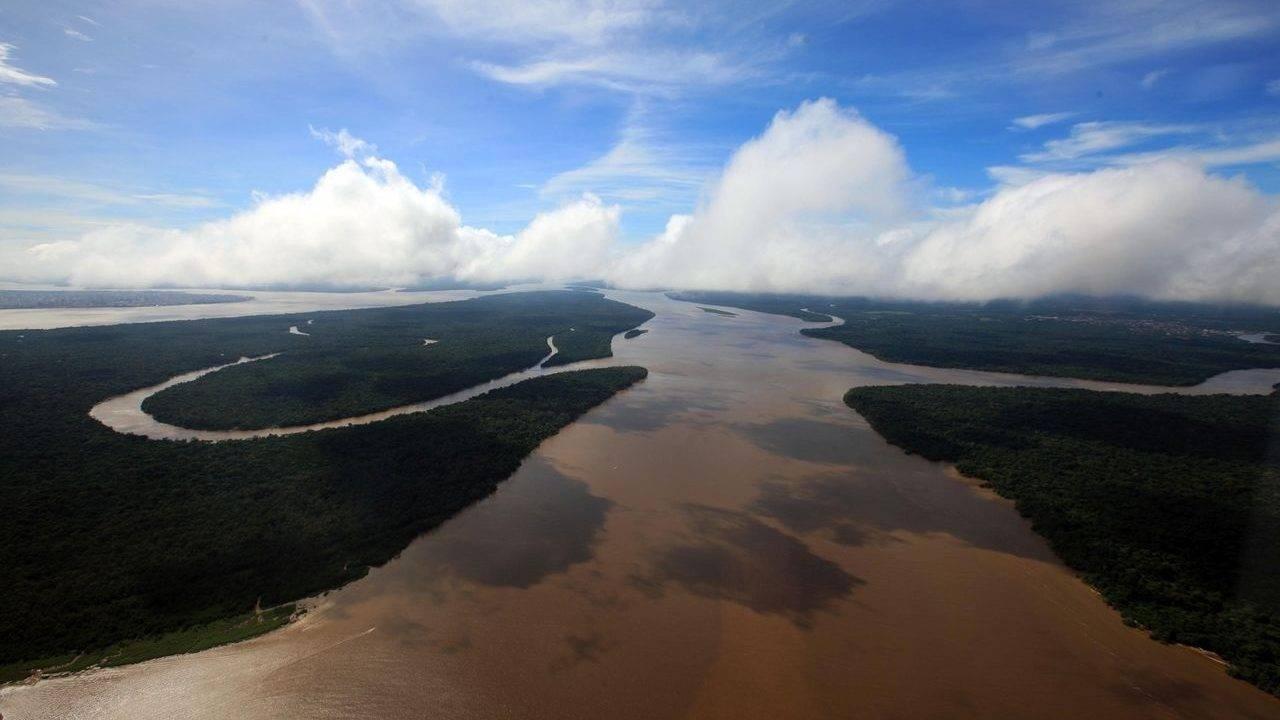 Governos petistas tentaram acelerar grandes projetos de usinas na região amazônica, mas houve muita resistência de ambientalistas