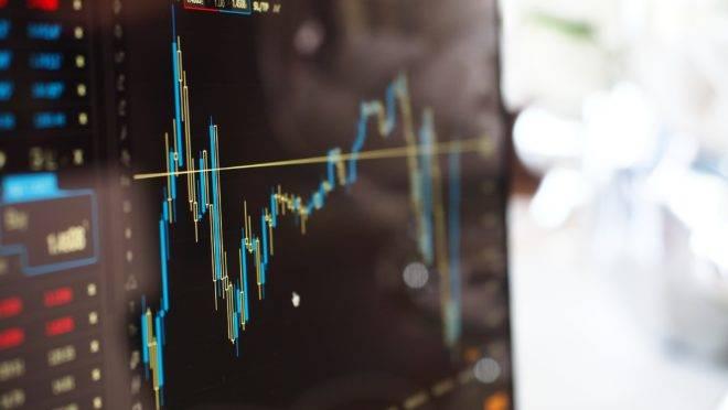 Cenário de juros baixos atrai mais investidores para fundos de ações