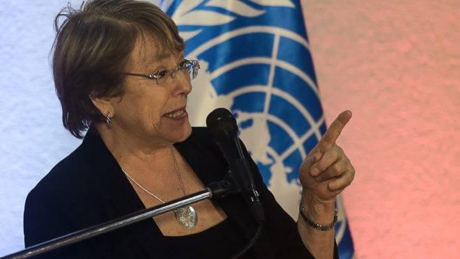 Michelle Bachelet redigiu relatório sobre atrocidades do regime de Nicolás Maduro