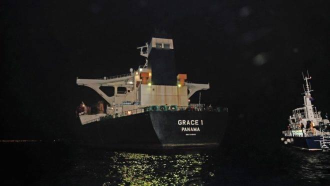 O navio petroleiro Grace 1, apreendido pela polícia de Gibraltar e um destacamento da Marinha Britânica no Estreito de Gibraltar em 4 de julho, suspeito de transportar petróleo iraniano para a Síria