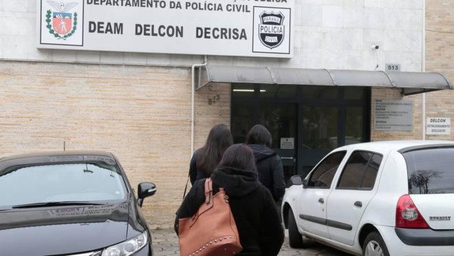 Quatro funcionários da empresa de impermeabilização prestaram depoimento à Polícia Civil nesta terça-feira.