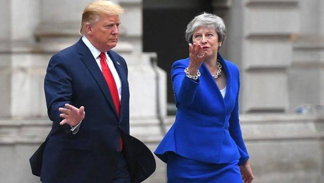 O presidente americano Donald Trump e a primeira-ministra britânica Theresa May durante visita de Estado do republicano ao Reino Unido em 4 de junho