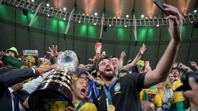 Seleção brasileira teve cinco nomes na seleção oficial da Copa América