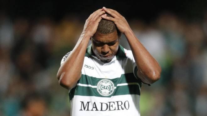 Rodrigão é o artilheiro do Coritiba com 15 gols na temporada