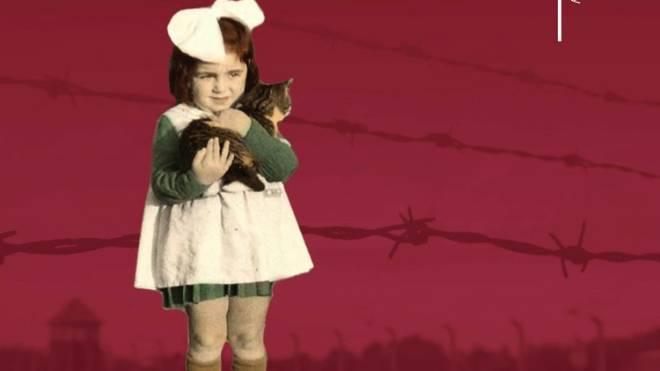 Detalhe da capa do livro 'Miracle Child : The Journey of a Young Holocaust Survivor' ('Criança milagrosa: A jornada de um jovem sobrevivente do Holocausto'), autobiografia de Anita Epstein