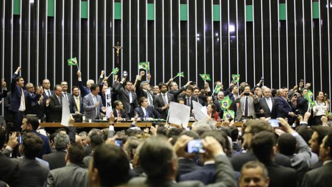 Projeto 'desidratado' obrigará país a fazer nova reforma em cinco ou dez anos