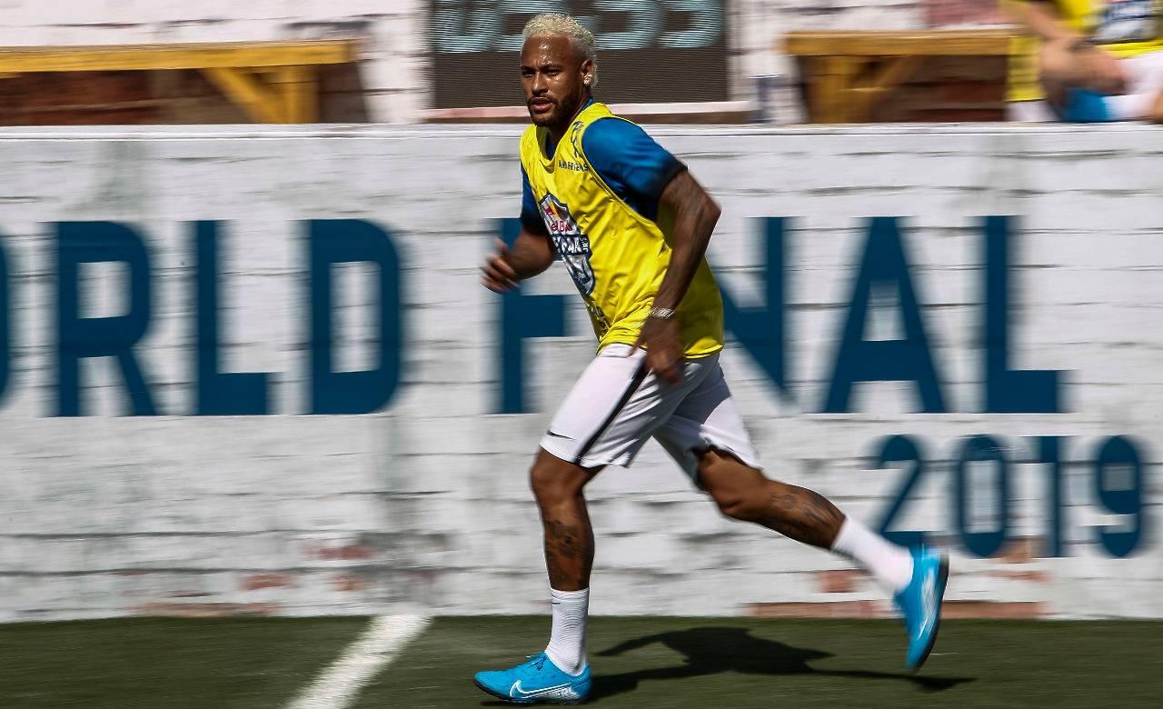 Neymar neste sábado (13). Foto: Miguel SCHINCARIOL / AFP