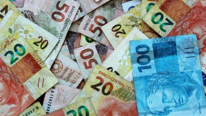 Esquerda tenta emplacar 'reforma tributária solidária', mexendo nas alíquotas do IR