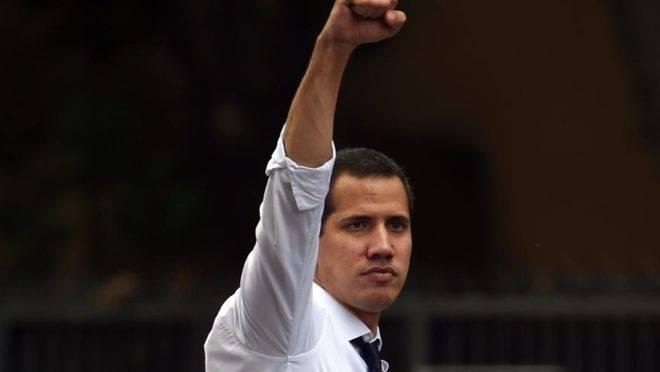 O líder oposicionista e presidente interino da Venezuela, Juan Guaidó, durante marcha contra o regime de Maduro em Caracas, no dia da Independência do país, 5 de julho de 2019