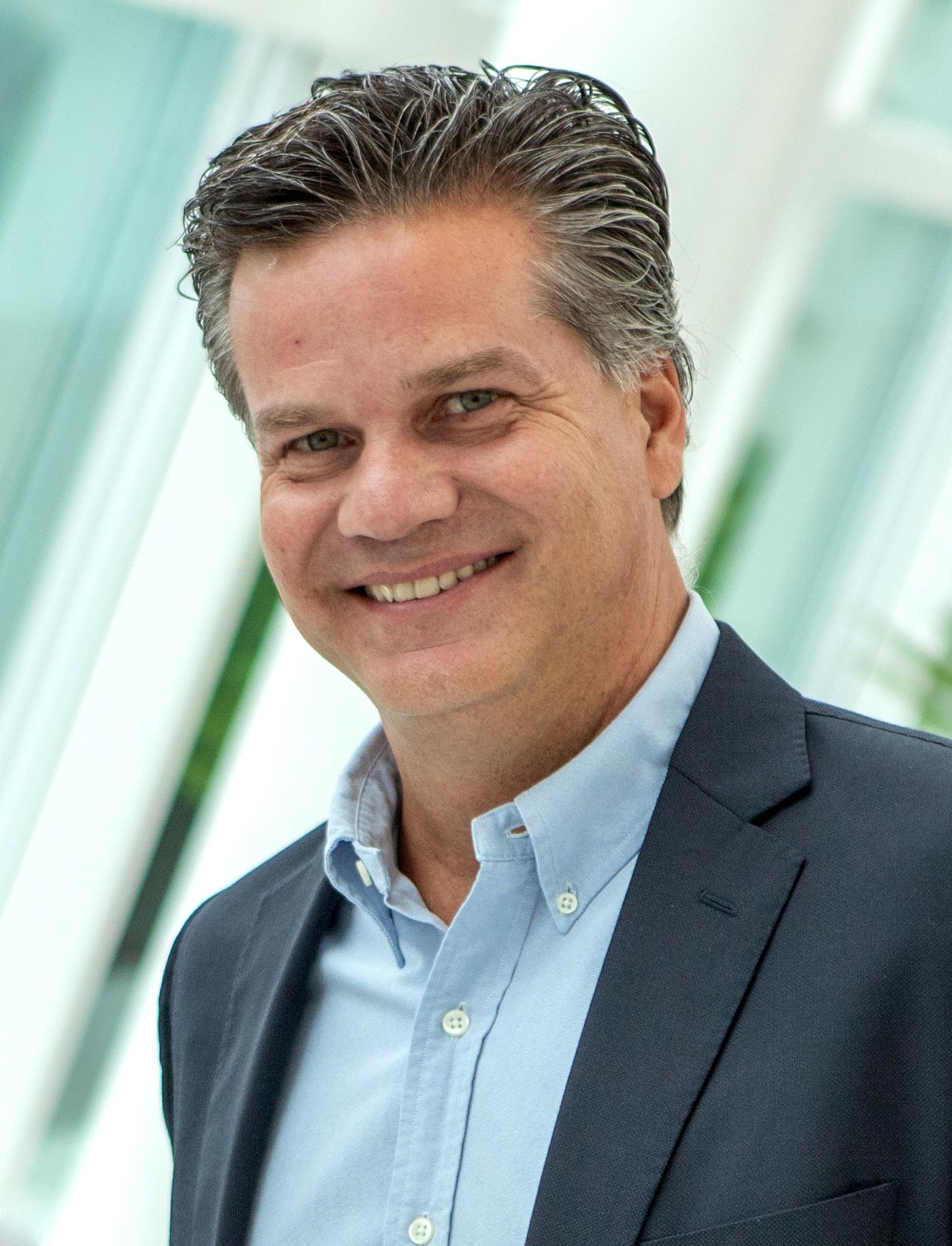 Fernando Bonamico é superintendente do Pátio Batel. Há um ano no Grupo Soifer, responsável pelo Pátio, fez careira no Grupo Iguatemi, em São Paulo.