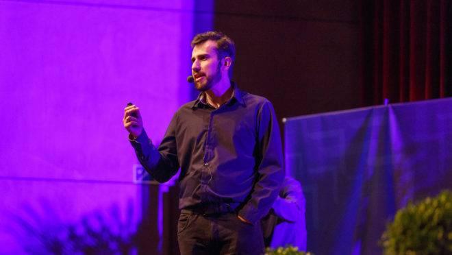 consultores-darão-dicas-de-crescimento-profissional-na-puc-formato-TED