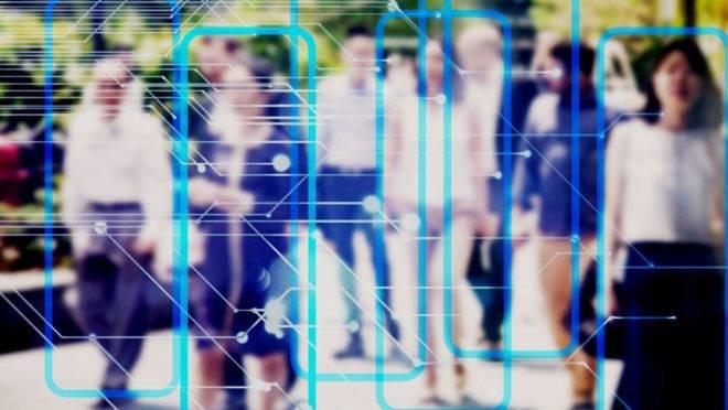 Ferramentas analíticas digitais ajudam a mapear indivíduos e comportamentos, tanto na multidão quanto no interior das lojas