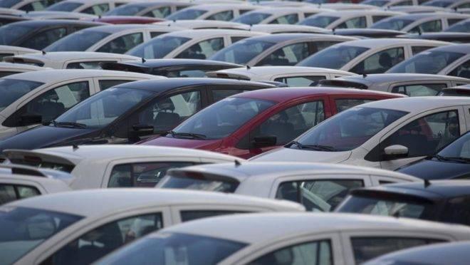 Valor pago para registrar financiamento de veículos mais do do que dobrou no Paraná.