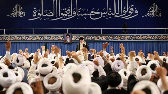 O supremo líder do Irã, Aiatolá Khamenei, em cerimônia na capital Teerã
