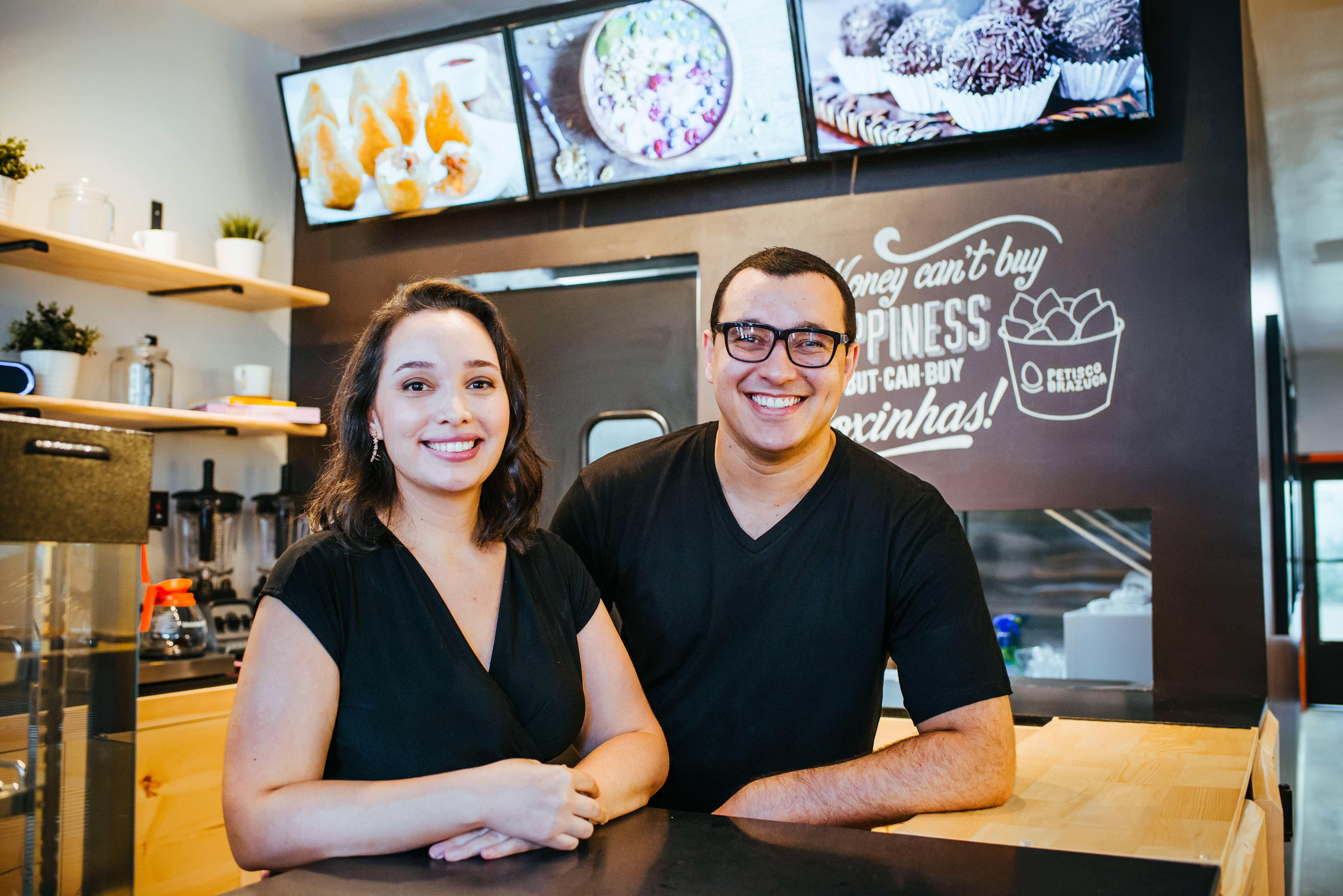 Vanessa e Ricardo começaram o negócio com investimento de US$ 1 mil. Foto: Alessandro Mesquita e Mônica Mesquita