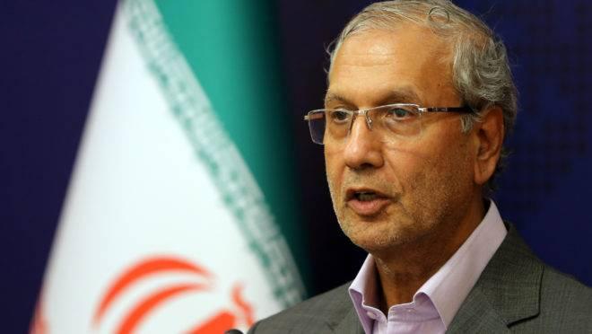 Porta-voz do governo iraniano Ali Rabiei fala durante uma coletiva de imprensa na capital Teerã em 22 de julho de 2019