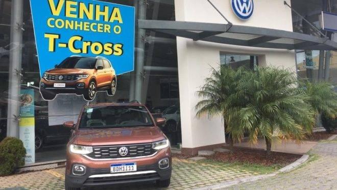 """Volks baixa preço de T-Cross para desencalhar versões """"mais baratas"""""""