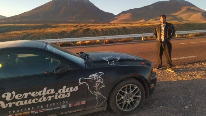 Prando passou por um vulcão na Bolívia, na América do Sul e não pode deixar de registrar a vista.