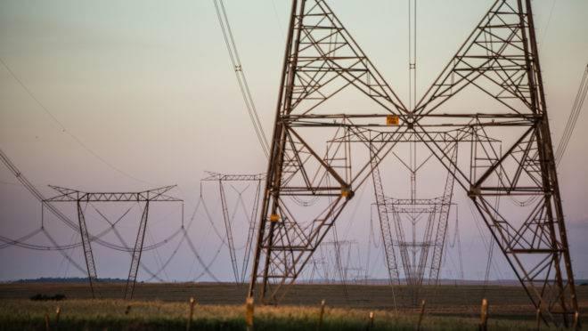 Torres de transmissão de energia