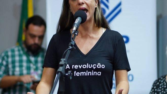 Proposta de Fernanda Melchionna pode acabar com contingenciamentos na Educação.