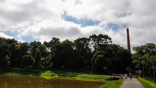 Céu com nuvens em Curitiba