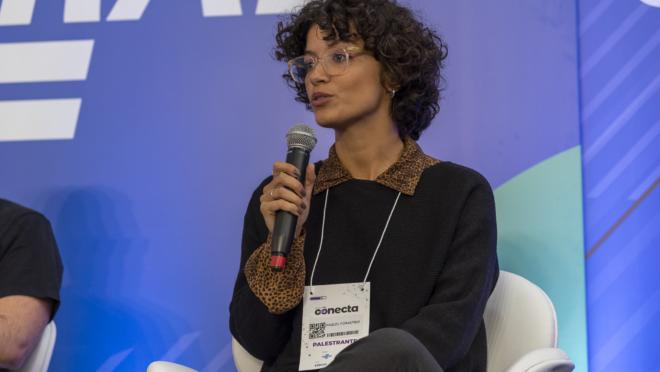 Raquel Forastieri é Community Manager na Nubank e esteve em Curitiba, na última sexta-feira (26), no Conecta 2019, no Sebrae.
