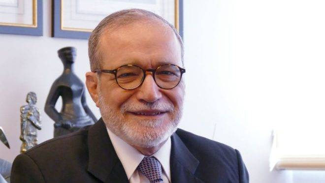 """Everardo Maciel: """"É preciso que, enfim, tenhamos uma conversa séria com o Paraguai""""."""
