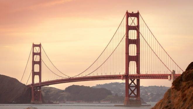 """Califórnia: o """"Golden State"""" insiste em programas assistencialistas e altos impostos que não se traduzem em melhores condições de vida."""