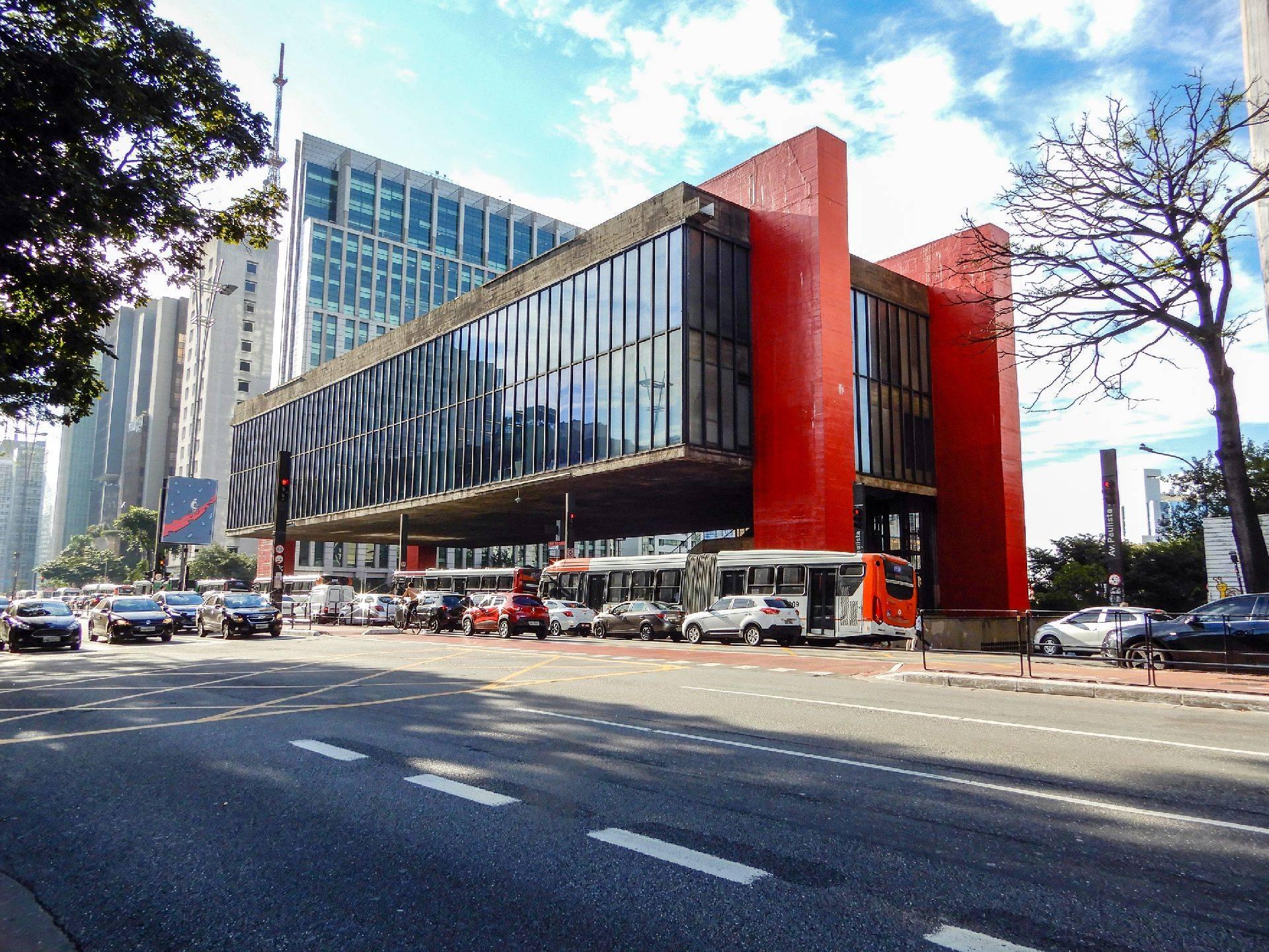 Normalmente com uma média de preços pouco acima de R$ 100, o trecho São Paulo - Curitiba sai por R$ 70 até setembro. Foto: Bigstock
