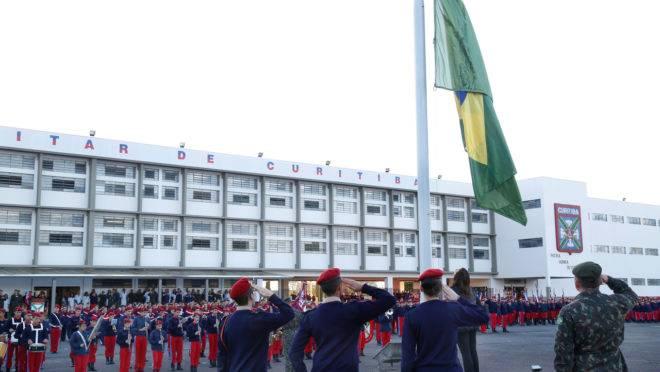 Colégio Militar do Paraná.