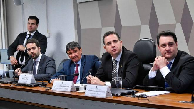 Governador Ratinho Junior (PSD) em audiência pública no Senado Federal, em julho