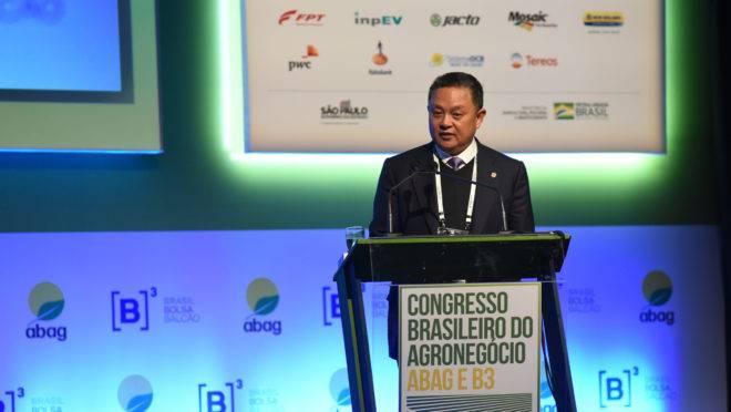 A informação de aumento das importações foi divulgada pelo chairman da Cofco, Jingtao (Johny) Chi durante palestra no Congresso Brasileiro do Agronegócio, que ocorre em São Paulo.