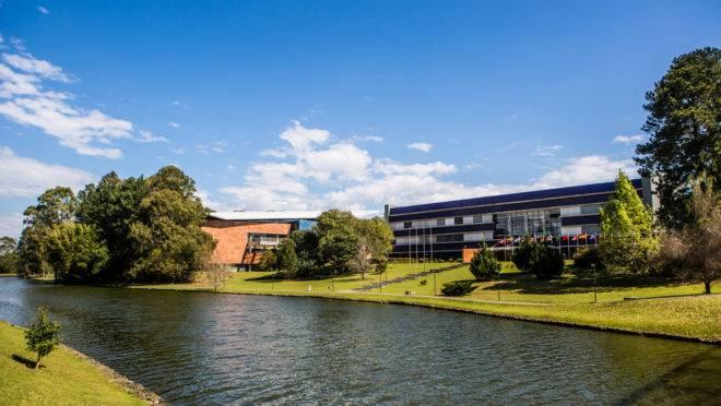 Campus Ecoville da Universidade Positivo