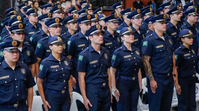 novos guardas municipais em curitiba