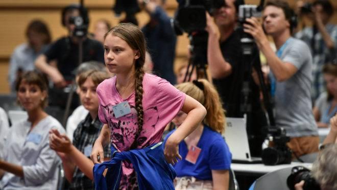 "A ativista ambiental Greta Thunberg durante o ""Smile for Future Summit for climate""."