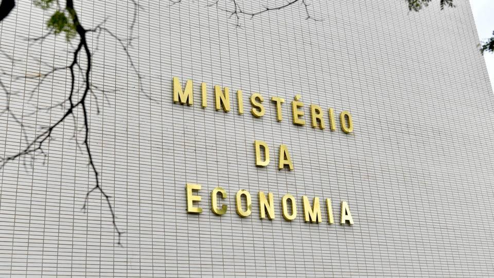 Ministério da Economia teve um terceiro pedido de demissão no mesmo dia, diz jornal