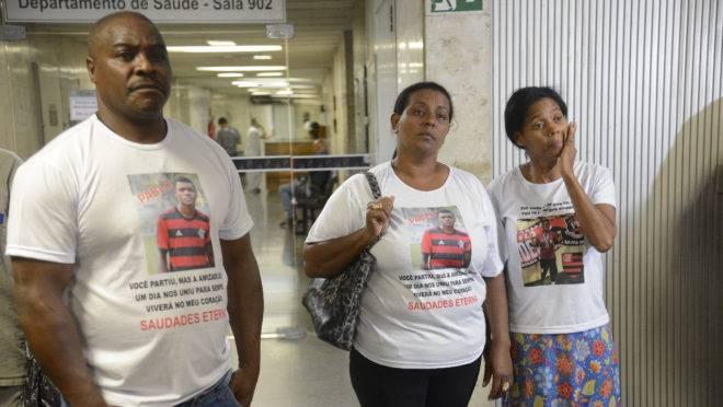 Seis meses após incêndio, famílias de vítimas reclamam de omissão do Flamengo