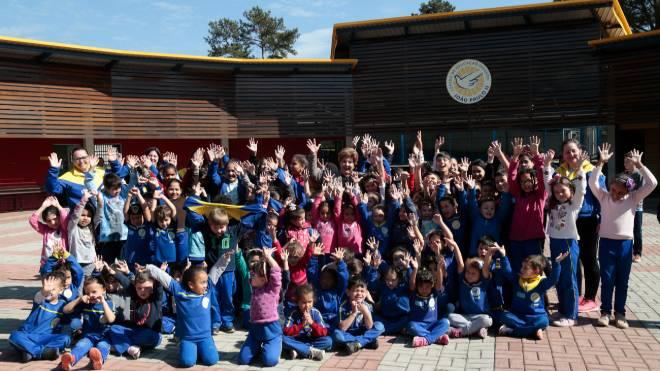 Doações diminuíram nos últimos anos e ameaçam a continuidade do trabalho social com 300 crianças no Centro Educacional João Paulo II em Piraquara.